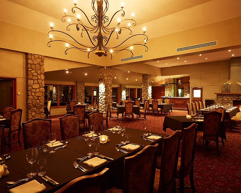 Terrace Downs Restaurant Evening