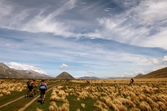 The best way to see NZ is from 2 wheels