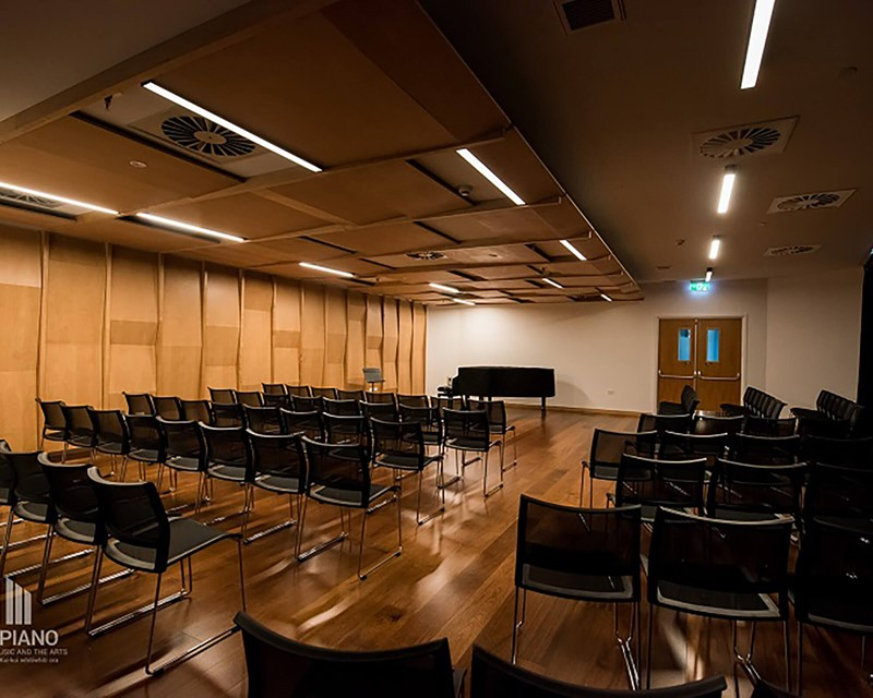 The Piano Meeting Room