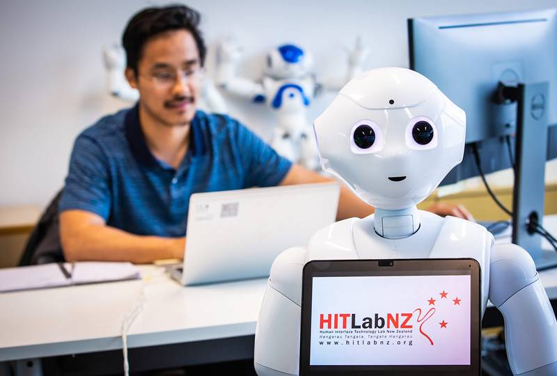 Hitt Lab Man With Robot