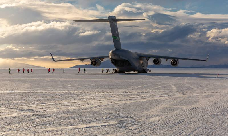 Antarctic C17 at Phoenix Air Field