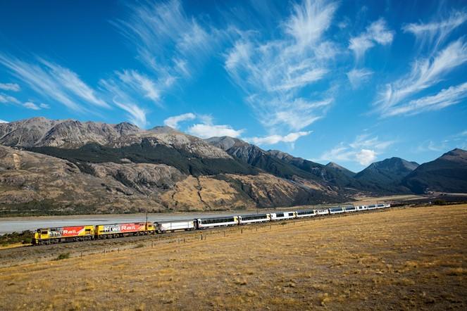 Explore the South Island's stunning mountains and the vast Canterbury Plains aboard the world famous TranzAlpine