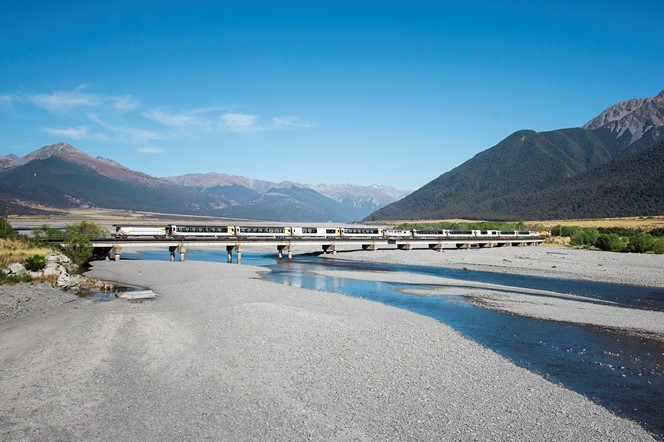 The TranzAlpine transverses from Christchurch to the wild west coast giving you stunning views of the Waimakariri River