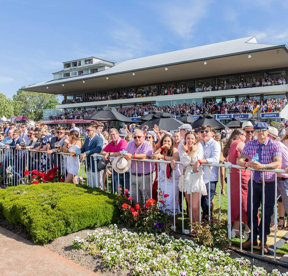 Riccarton Park Cup Week 2019 Guineas Day Crowd Watching Track