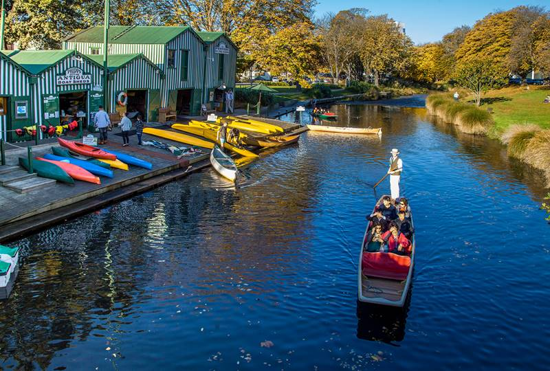 Christchurch Boat Sheds Punting